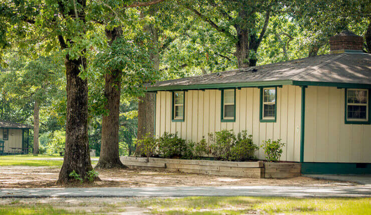 Lake Blackshear Accommodations Cabins