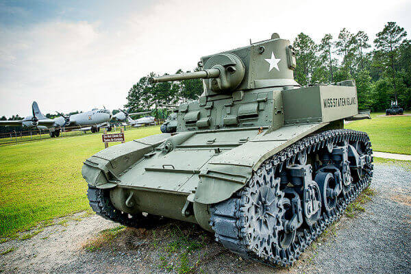https://www.lakeblackshearresort.com/wp-content/uploads/2014/12/Lake-Blackshear-Activities-Military-Museum.jpg