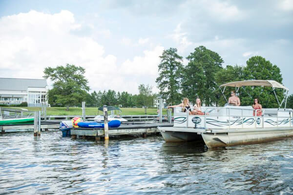 https://www.lakeblackshearresort.com/wp-content/uploads/2014/12/Lake-Blackshear-Photos-Videos-Marina-11.jpg