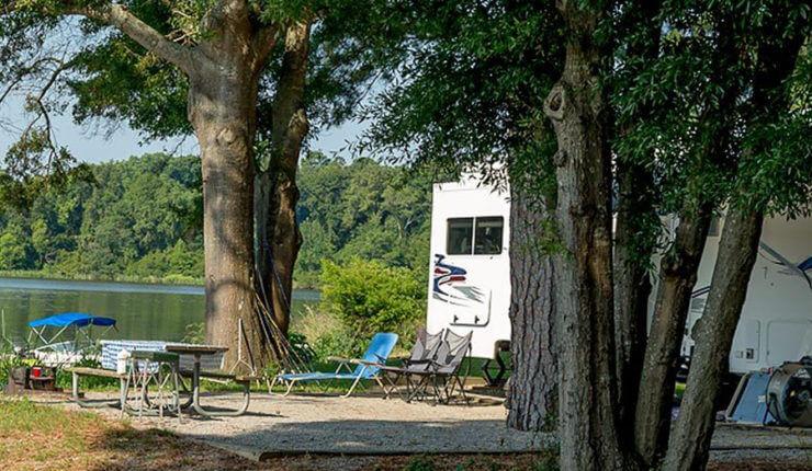 900 Camping2