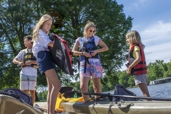 Family Kayaking on Lake Blackshear x
